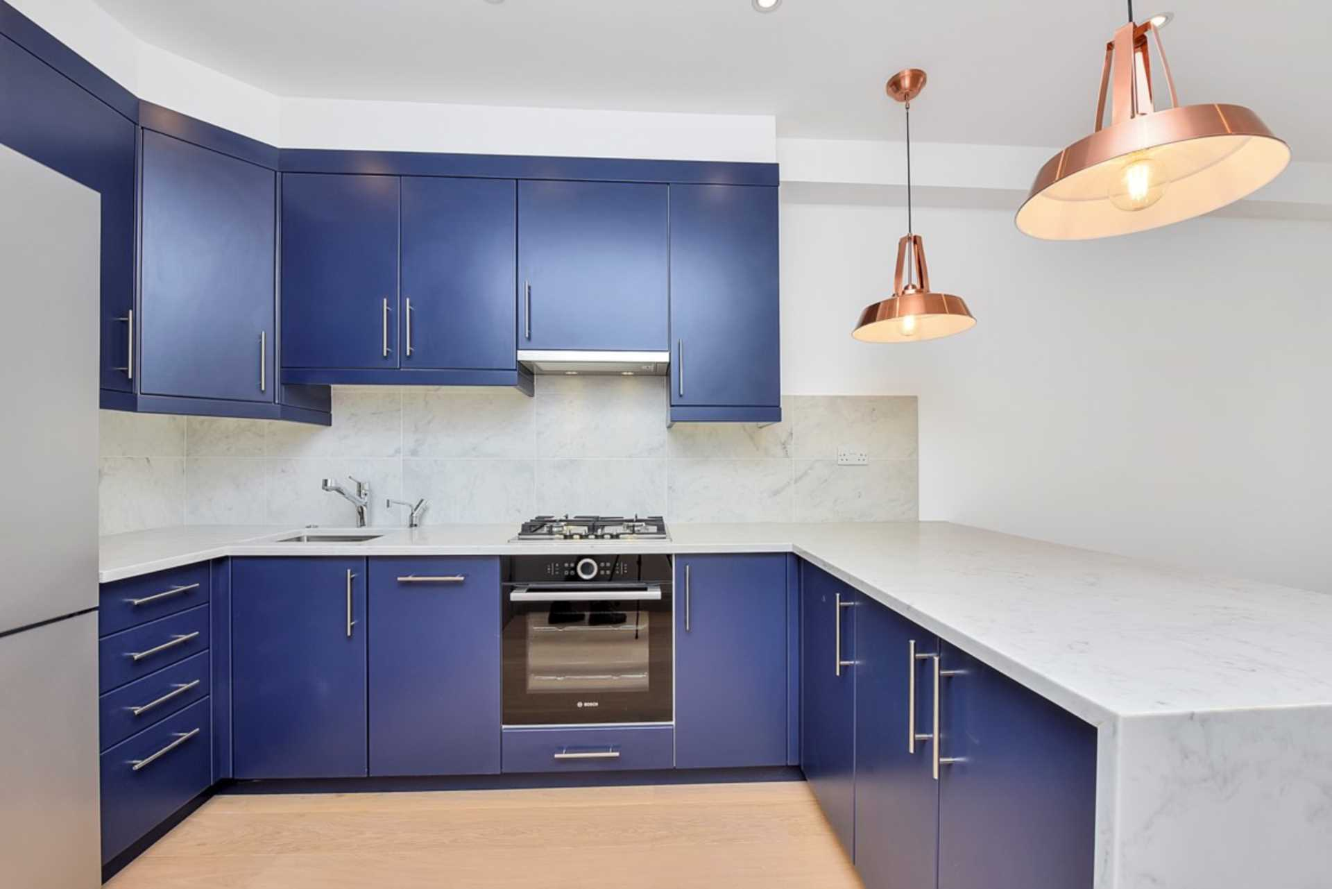 Property To Rent In London L2L128-1376