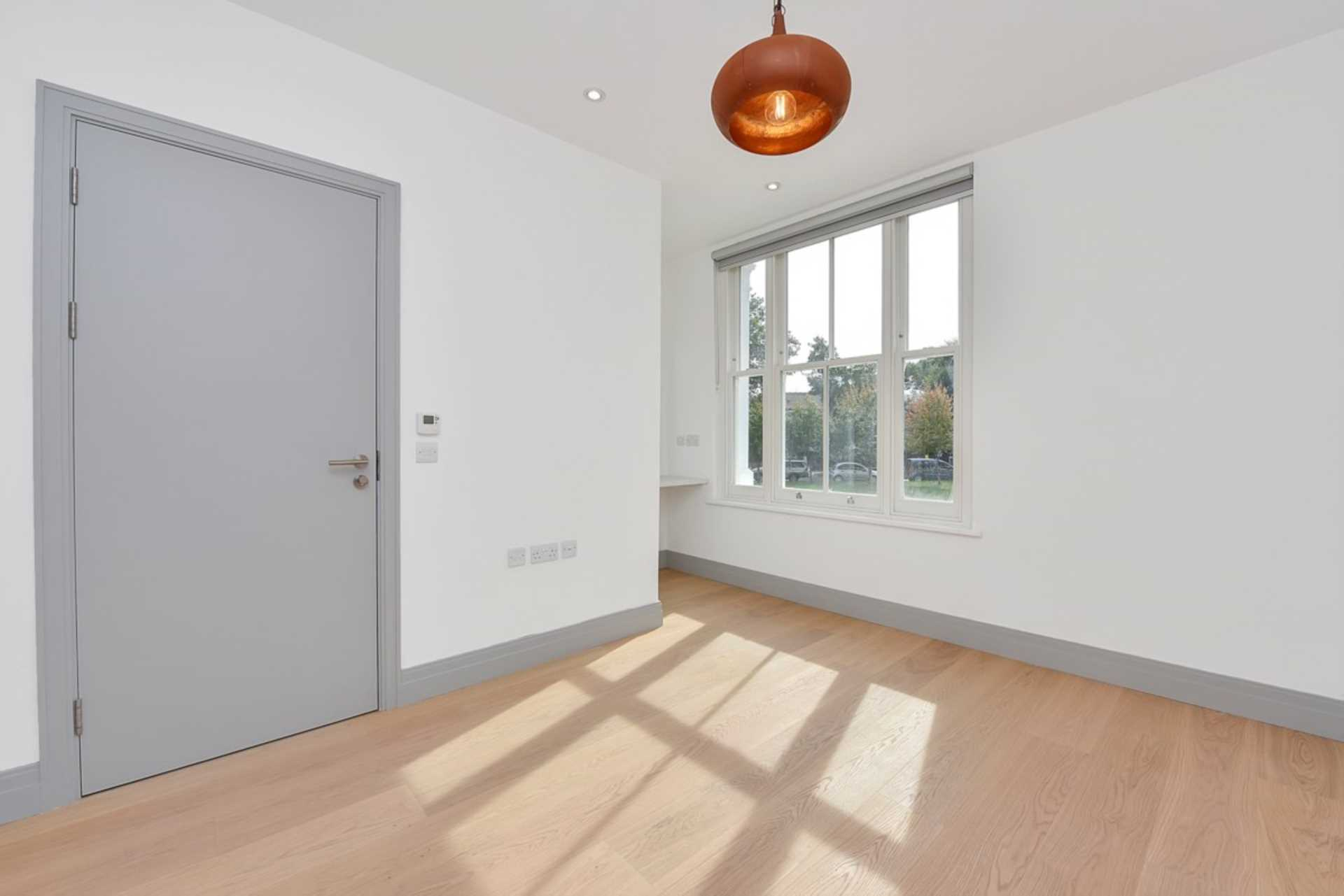 Rent In South Ealing L2L128-1376