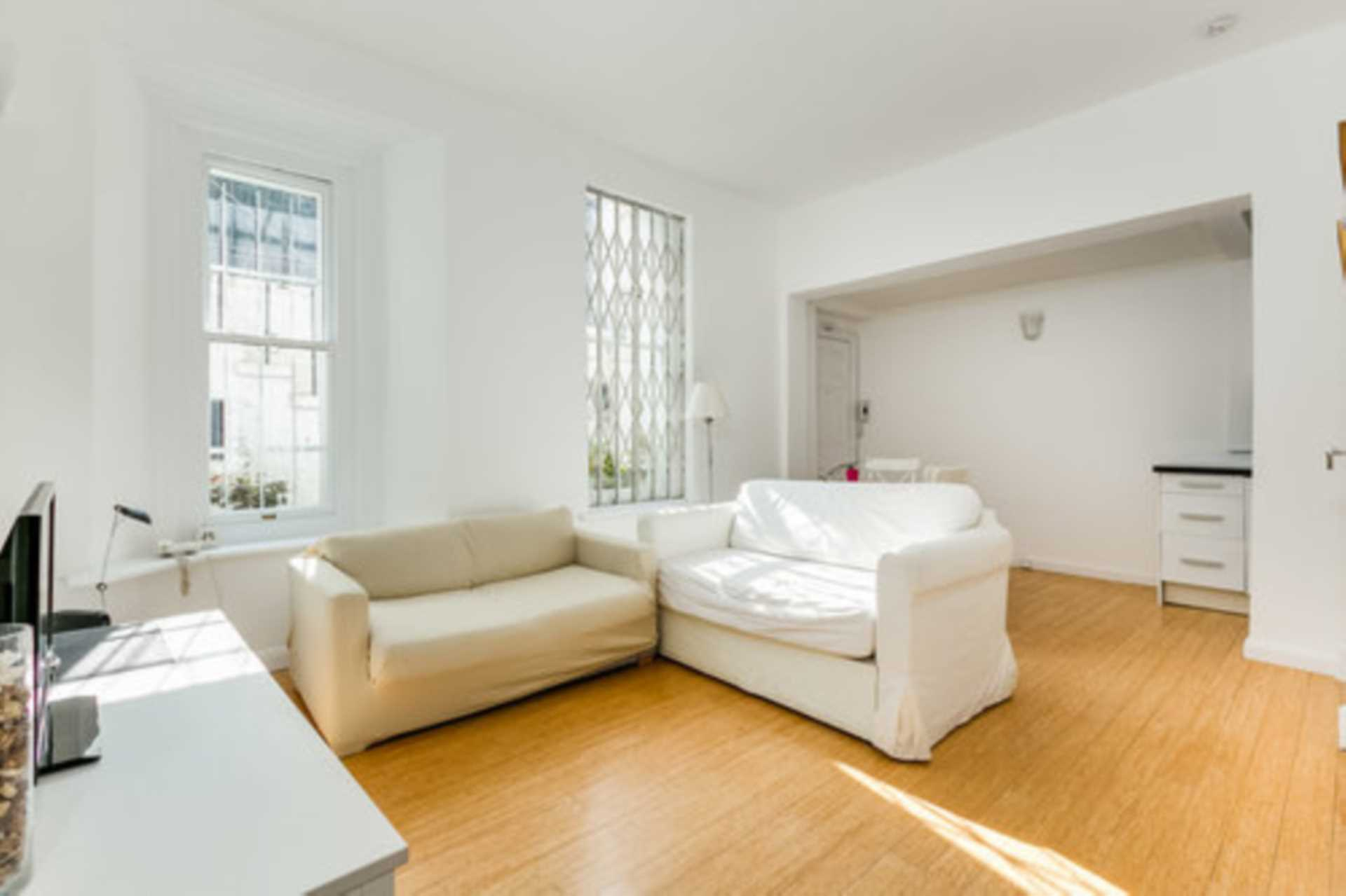Flats And Apartments To Rent In London L2L128-1410