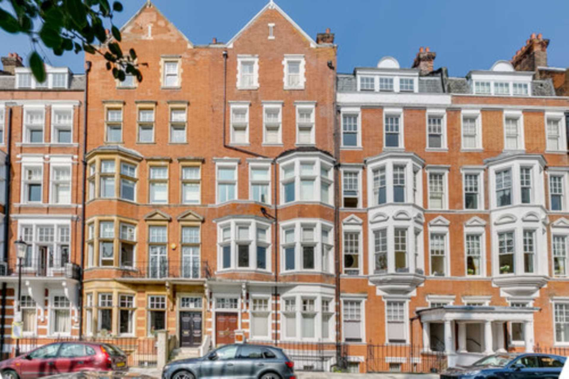 Chelsea Rental Property L2L128-1410