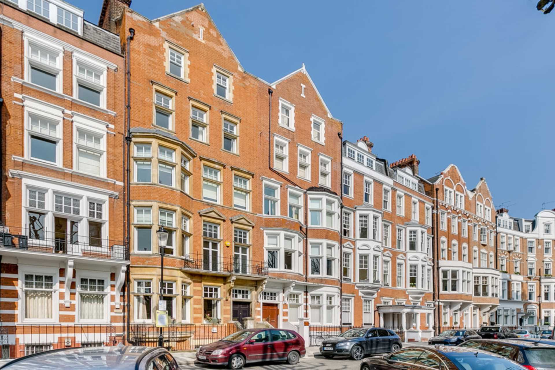 Property To Rent In London L2L128-1470