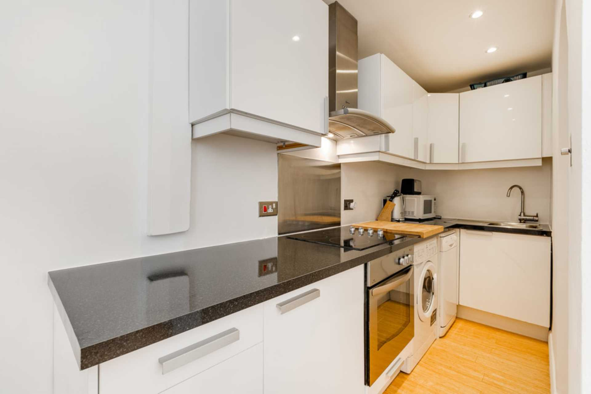 Flats And Apartments To Rent In Chelsea L2L128-1470