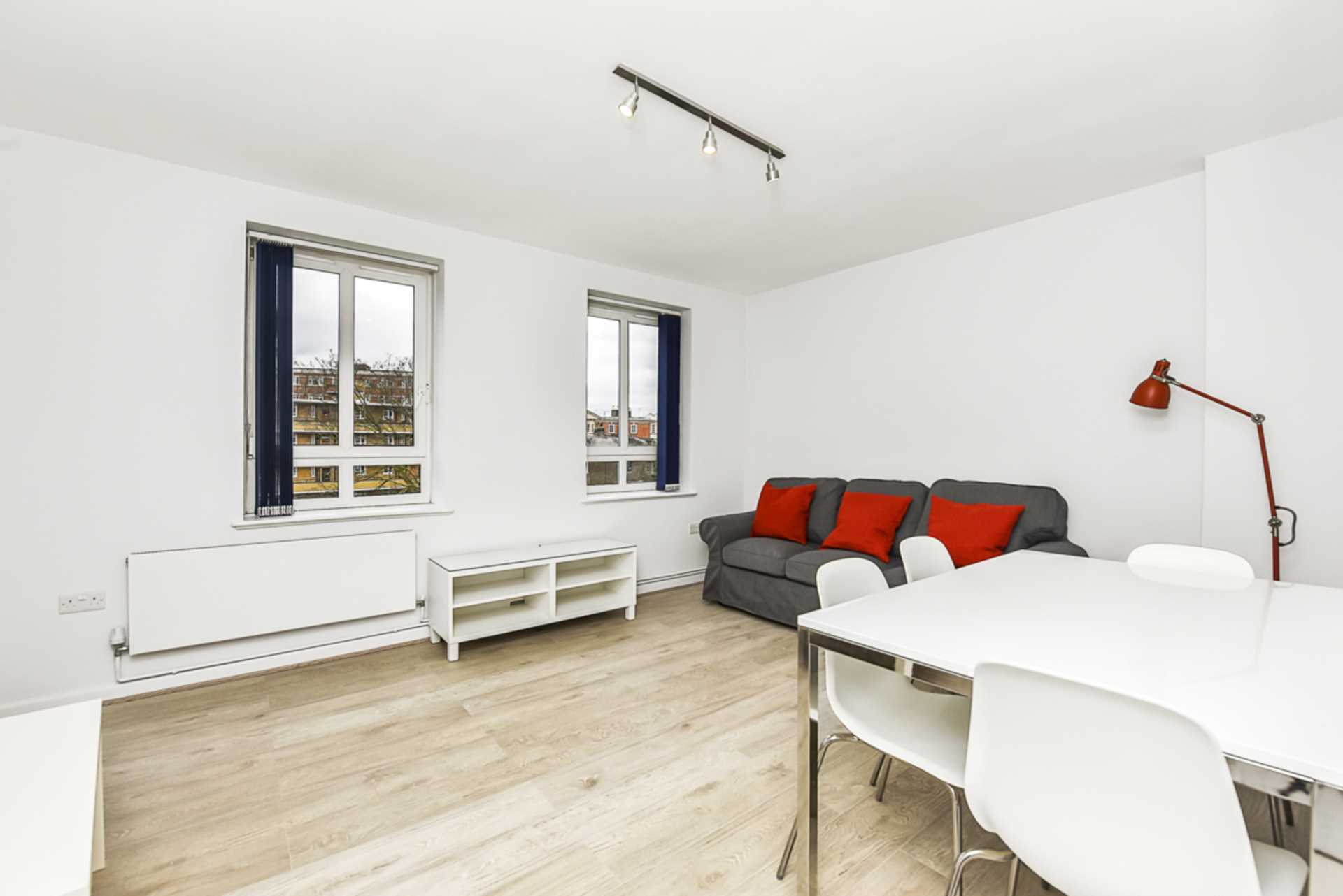 Property To Rent In London L2L128-1483
