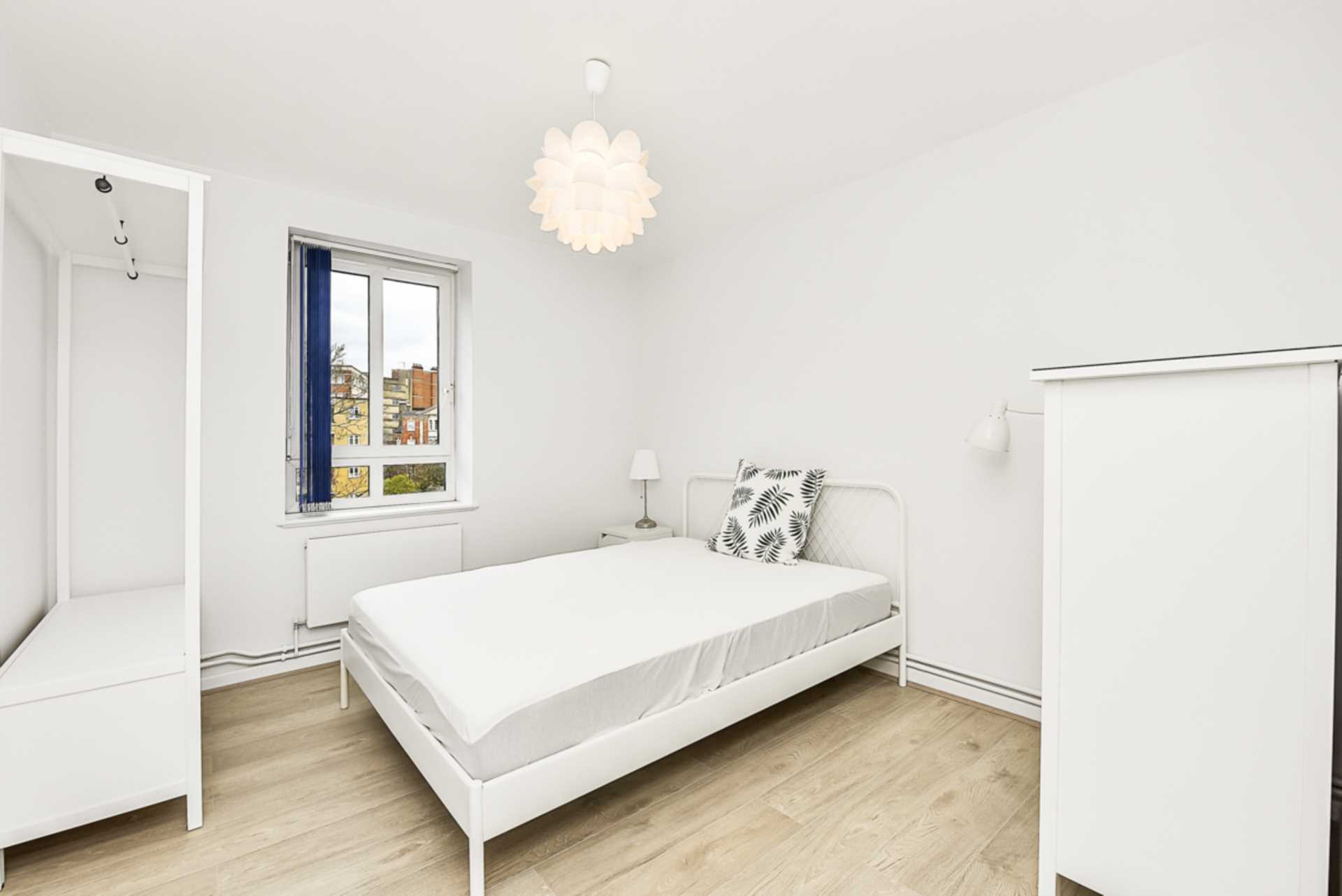 Student To Rent In London L2L128-1483