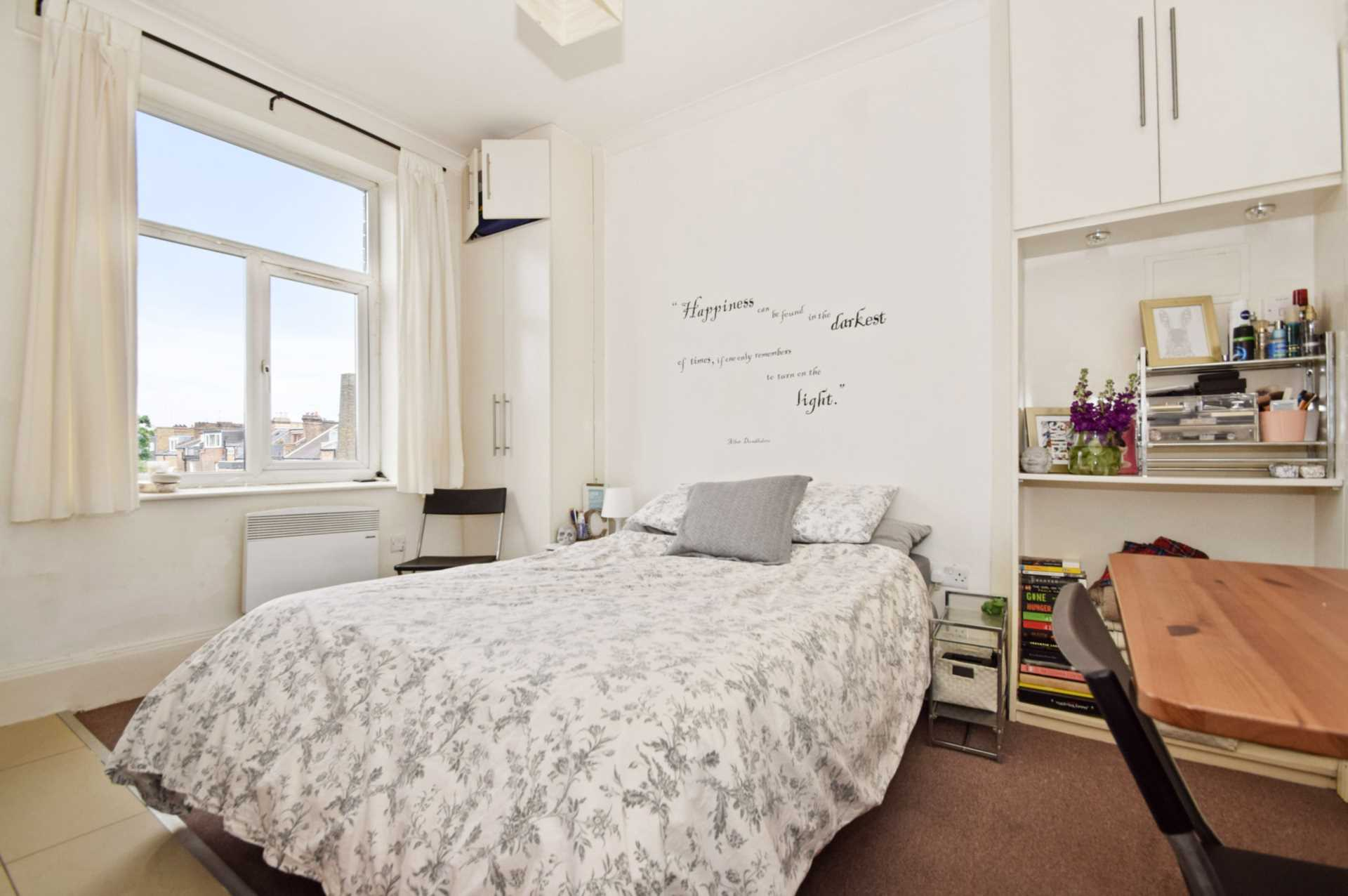 Flats And Apartments To Rent In London L2L128-100