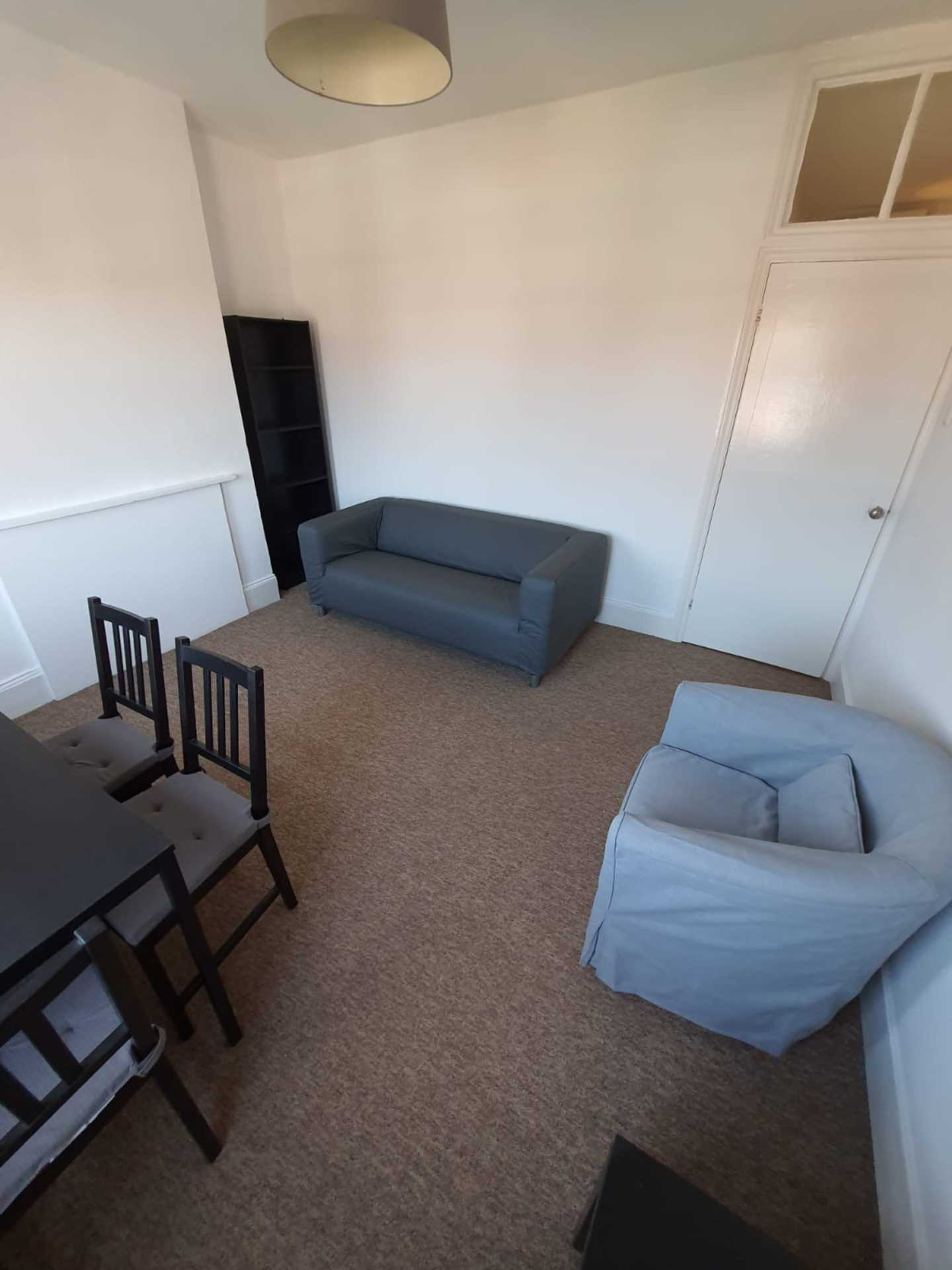 Flats And Apartments To Rent In London L2L129-908