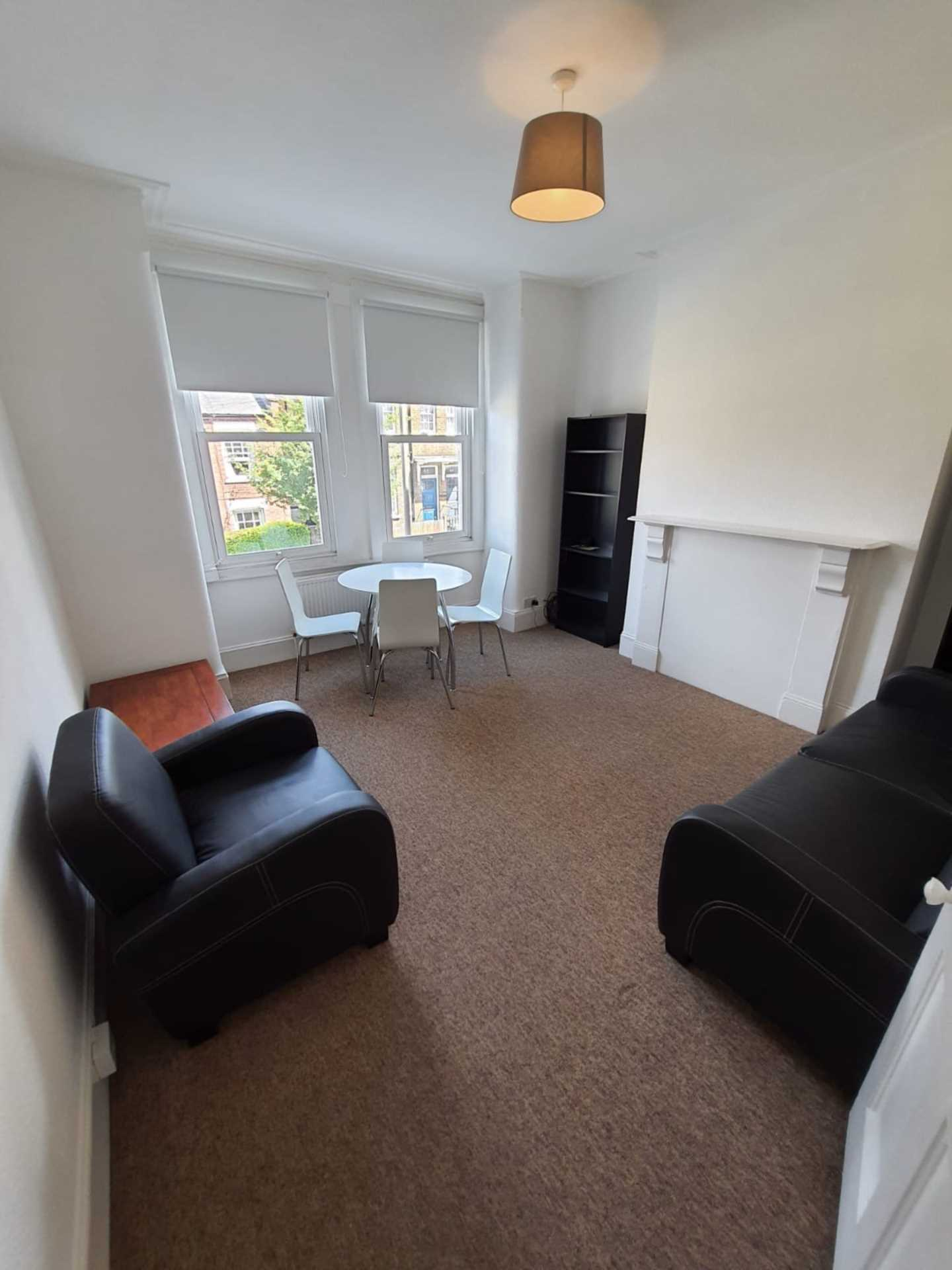 Property To Rent In London L2L129-902