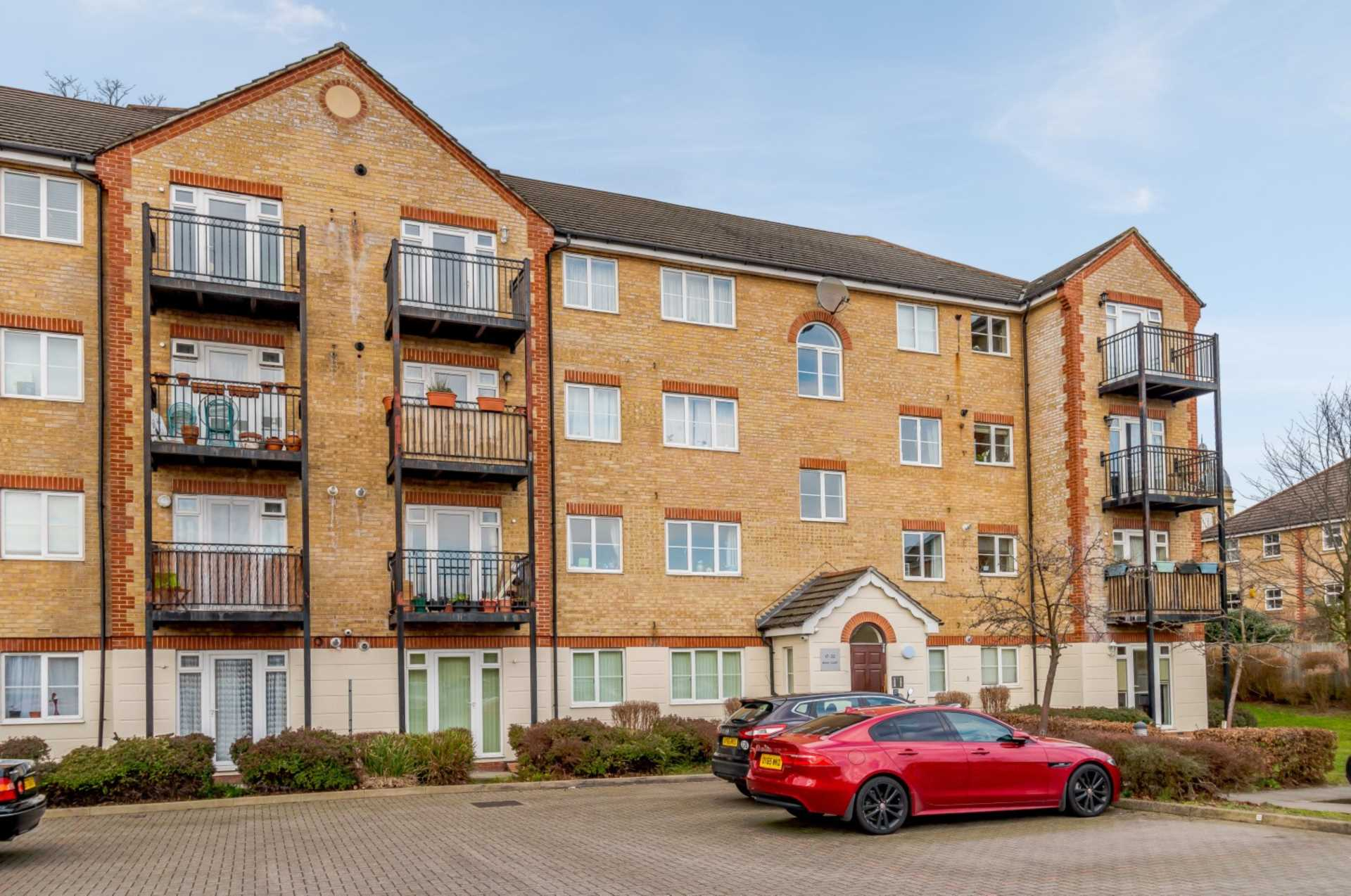 Property To Rent In London L2L131-364