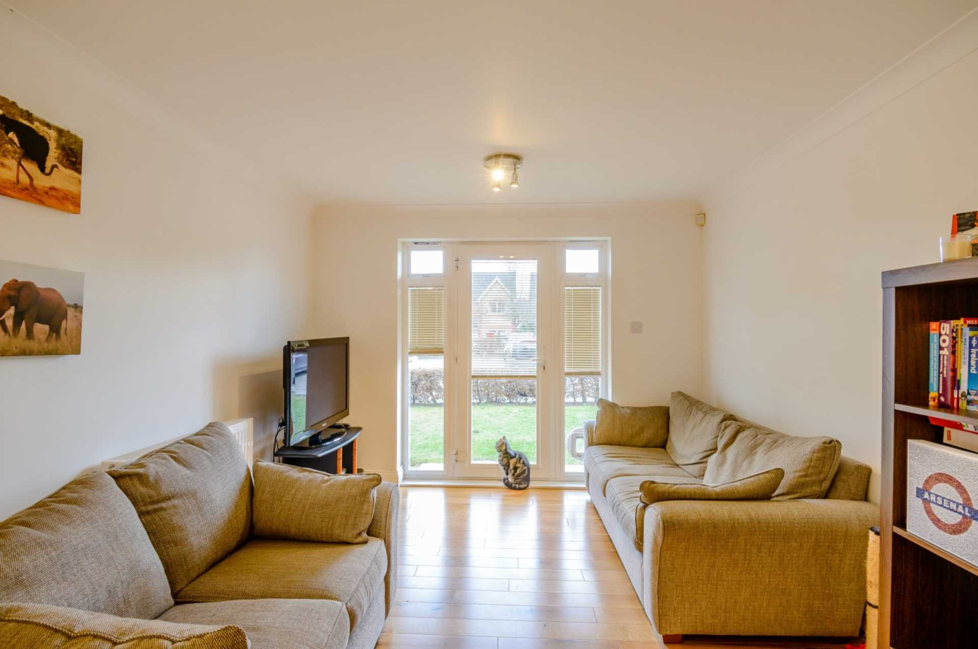 Flats And Apartments To Rent In Friern Barnet L2L131-364
