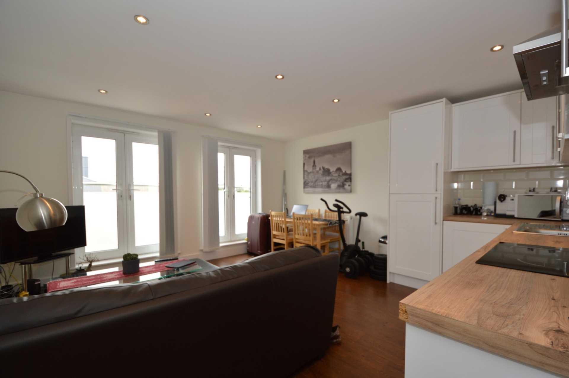 Flats And Apartments To Rent In London L2L131-406