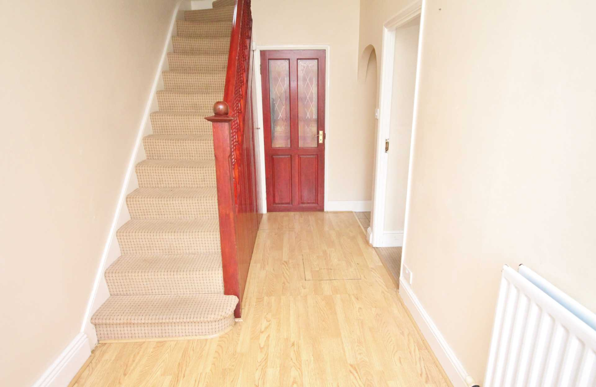 House To Rent In London L2L134-610
