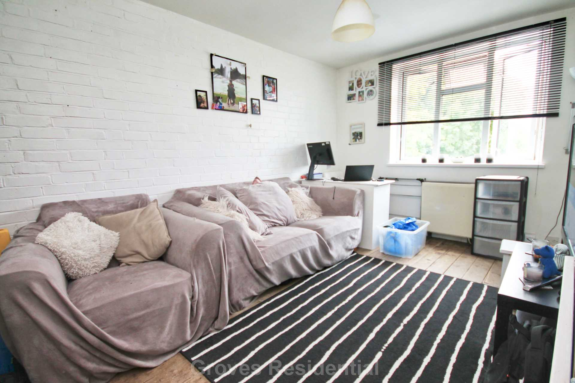 Flats And Apartments To Rent In London L2L134-698
