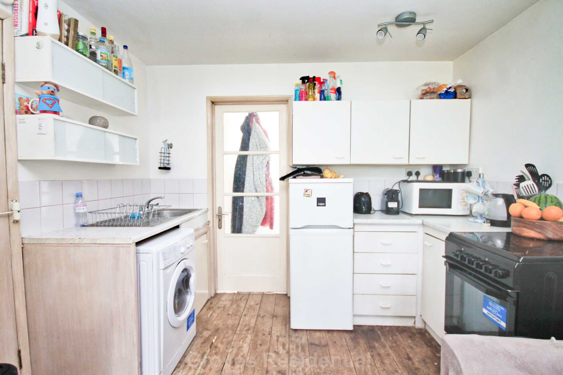 Flats And Apartments To Rent In New Malden L2L134-698