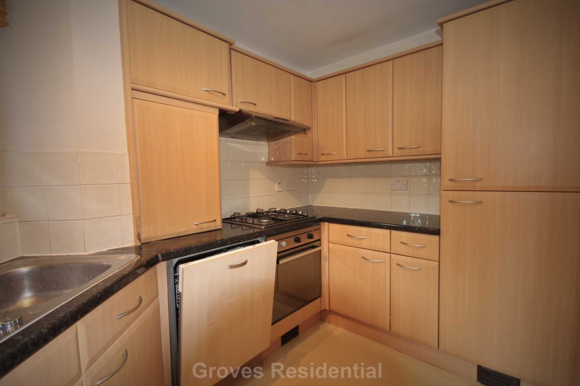 Flats And Apartments To Rent In Merton L2L134-722
