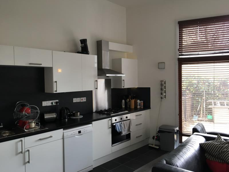Property & Flats to rent with Room Quays Limited L2L13532-139