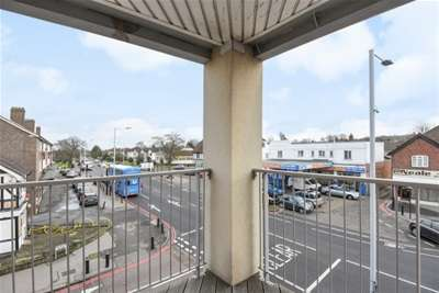 London Rental Property L2L1387-385
