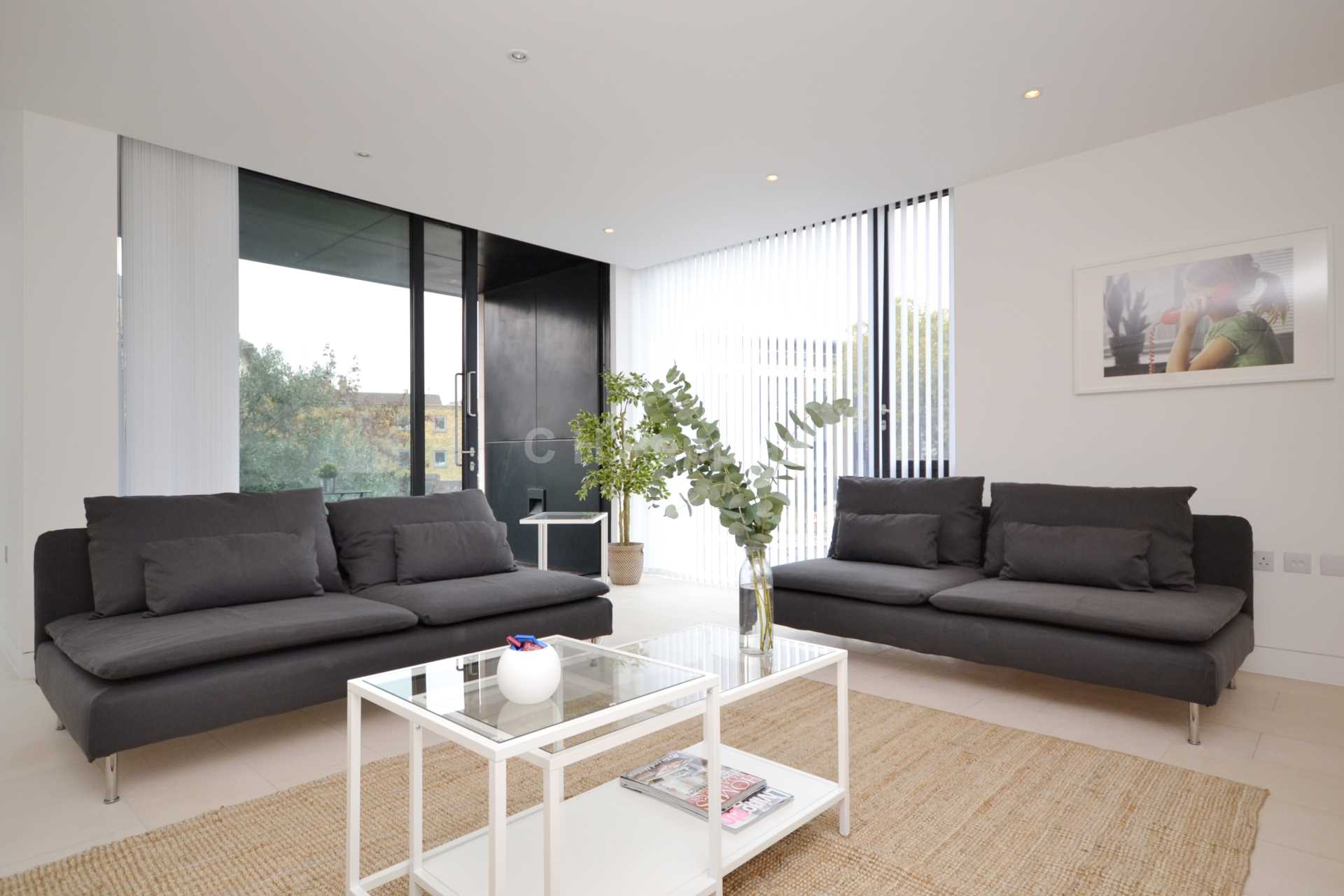 Student To Rent In London L2L1393-1336