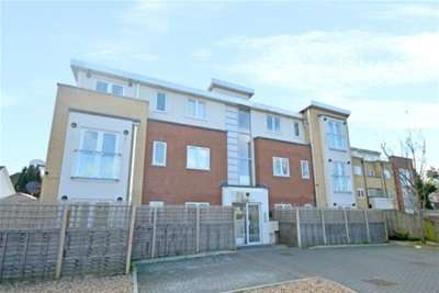 Property & Flats to rent with Bairstow Eves (Lettings) (East Croydon) L2L1452-874
