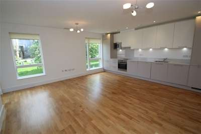 Property & Flats to rent with Bairstow Eves (Lettings) (East Croydon) L2L1452-880
