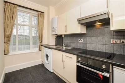 Property & Flats to rent with Bairstow Eves (Lettings) (East Croydon) L2L1452-900