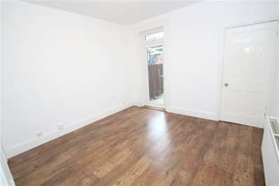 Property & Flats to rent with Bairstow Eves (Lettings) (East Croydon) L2L1452-898