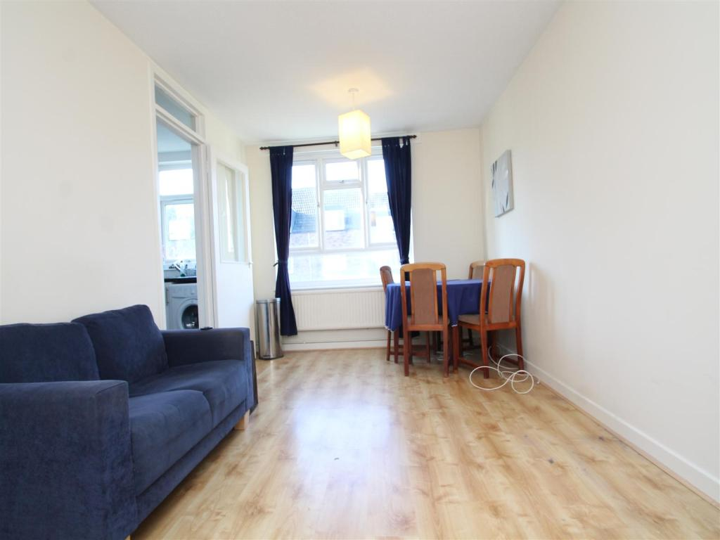 Flats And Apartments To Rent In London L2L1455-416