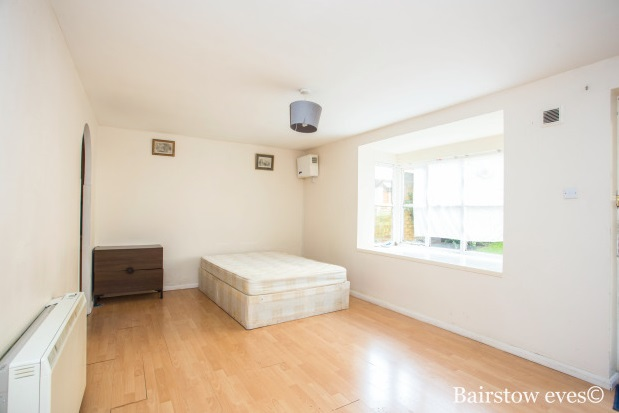 Flats And Apartments To Rent In London L2L1465-374
