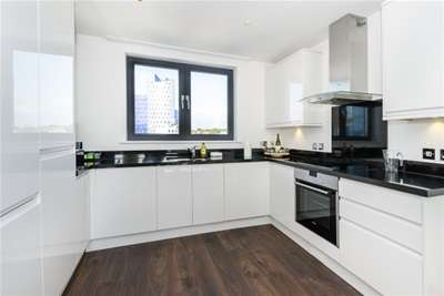Property & Flats to rent with Bairstow Eves (Lettings) (Edgware) L2L1465-292
