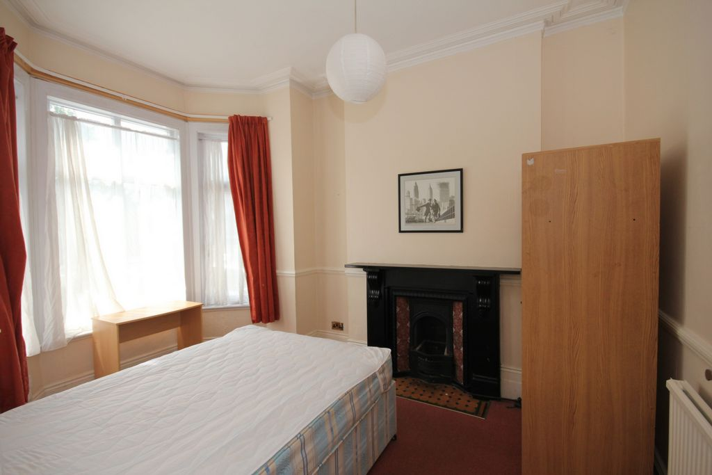 Property To Rent In London L2L147-185