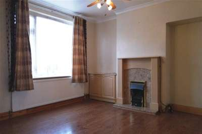 Property & Flats to rent with Bairstow Eves (Lettings) (Hornchurch) L2L1470-362