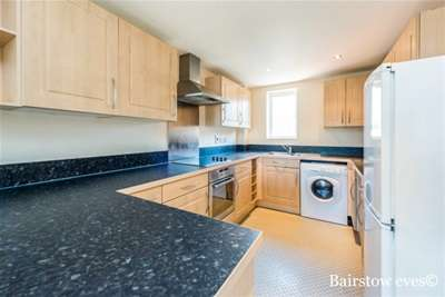 Property & Flats to rent with Bairstow Eves (Lettings) (Romford) L2L1471-361