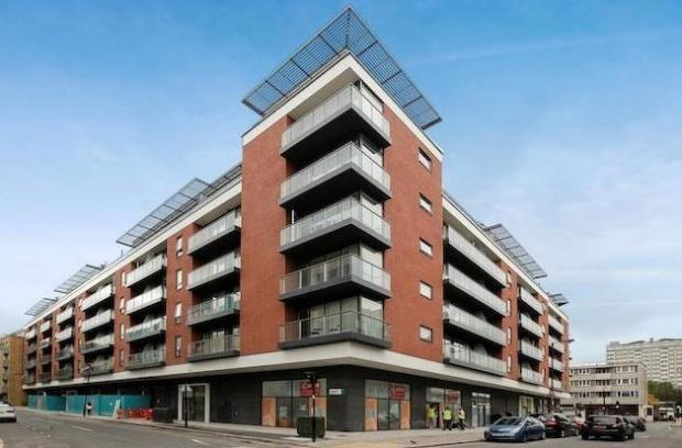 Property To Rent In London L2L154-3372