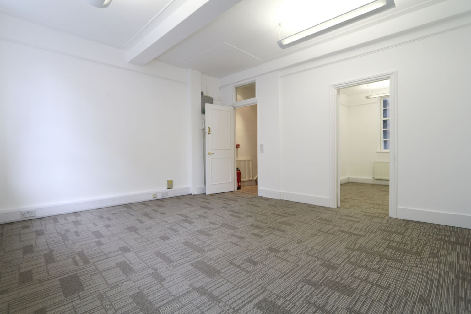Property To Rent In London L2L154-3657