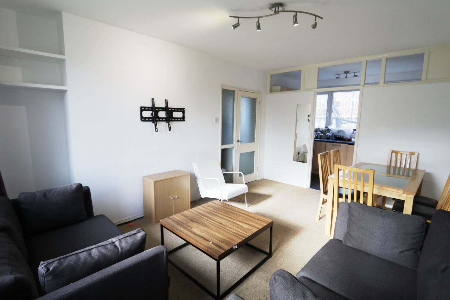 Flats And Apartments To Rent In Barnsbury L2L154-3772