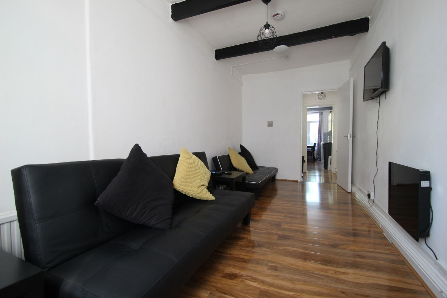 Property To Rent In London L2L154-4950