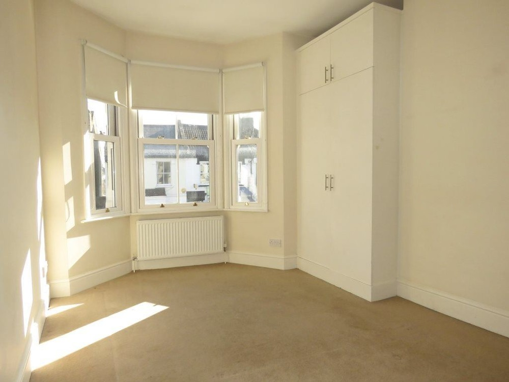 Parking And Other To Rent In Wimbledon L2L158-405