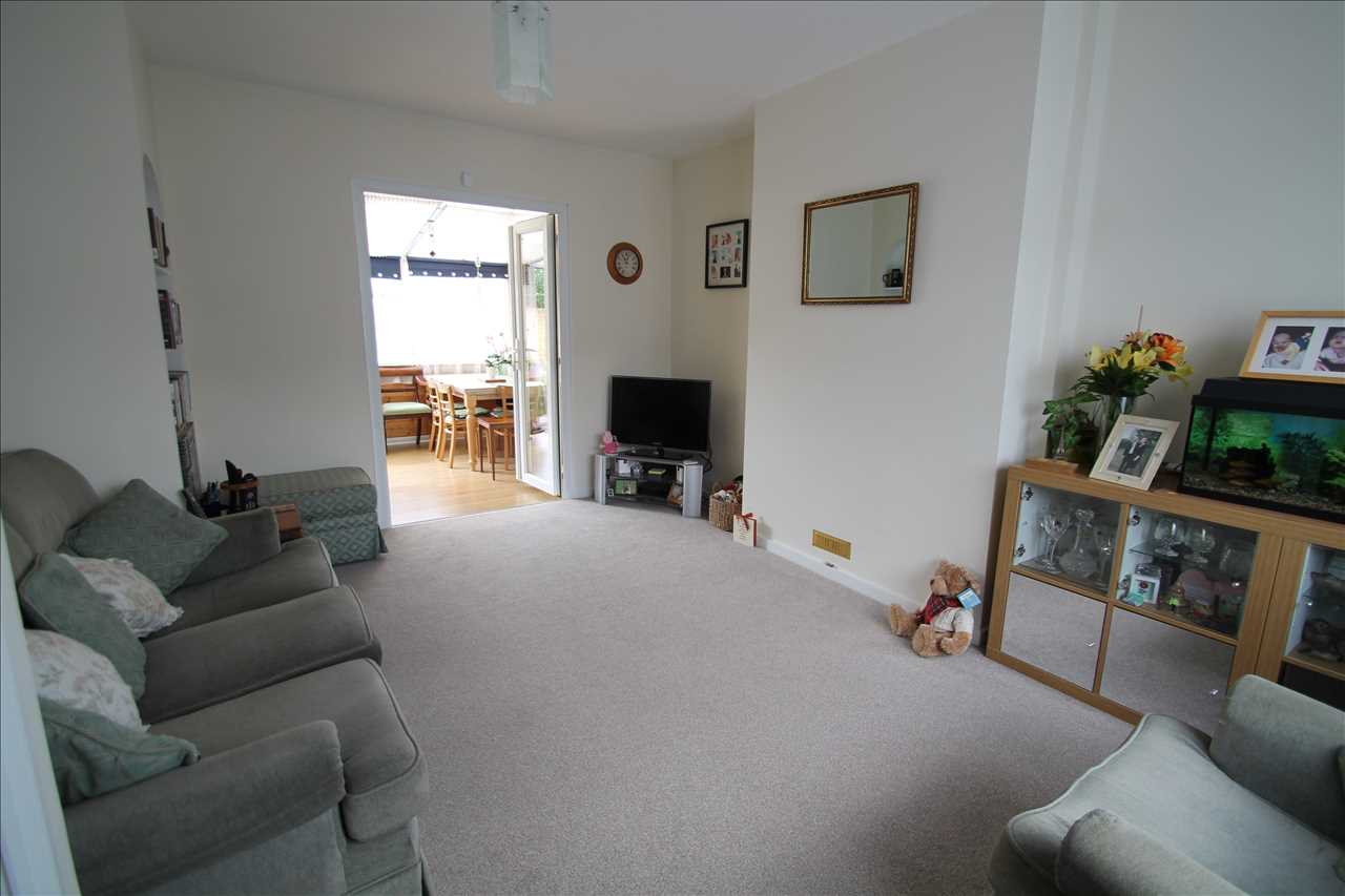 House To Rent In London L2L1660-241