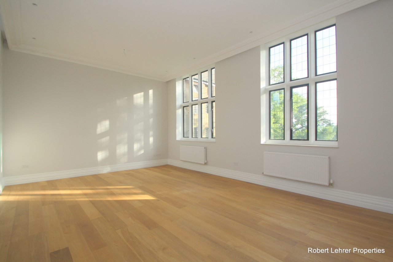 Property To Rent In London L2L176-561