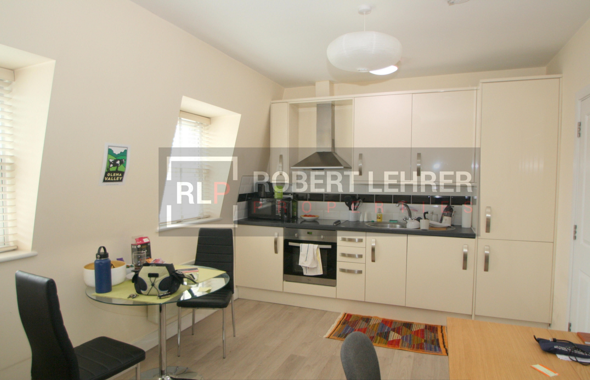 Property To Rent In London L2L176-973