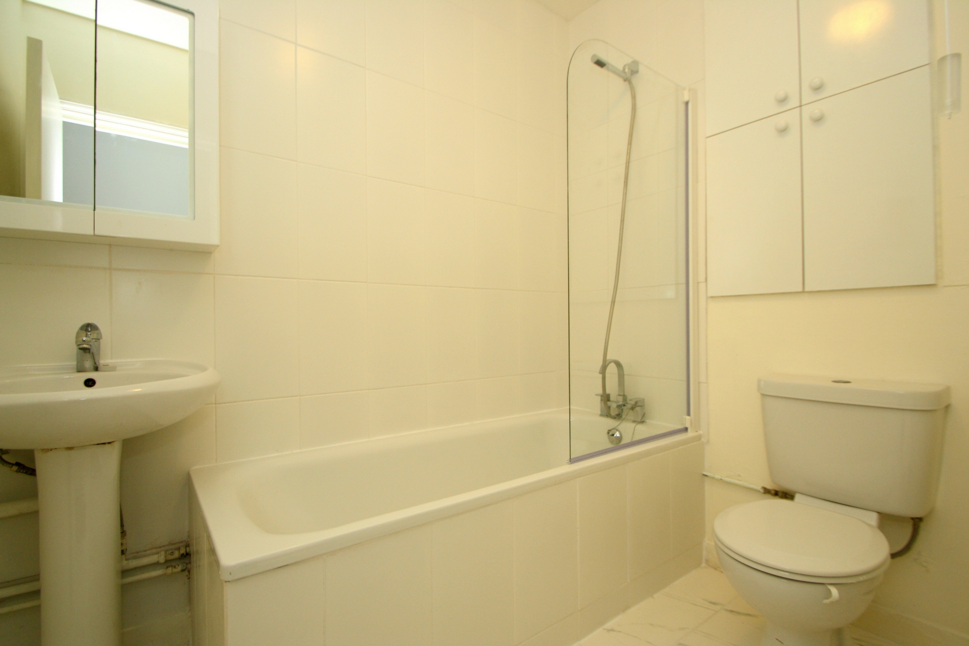 Flats And Apartments To Rent In London L2L176-3169