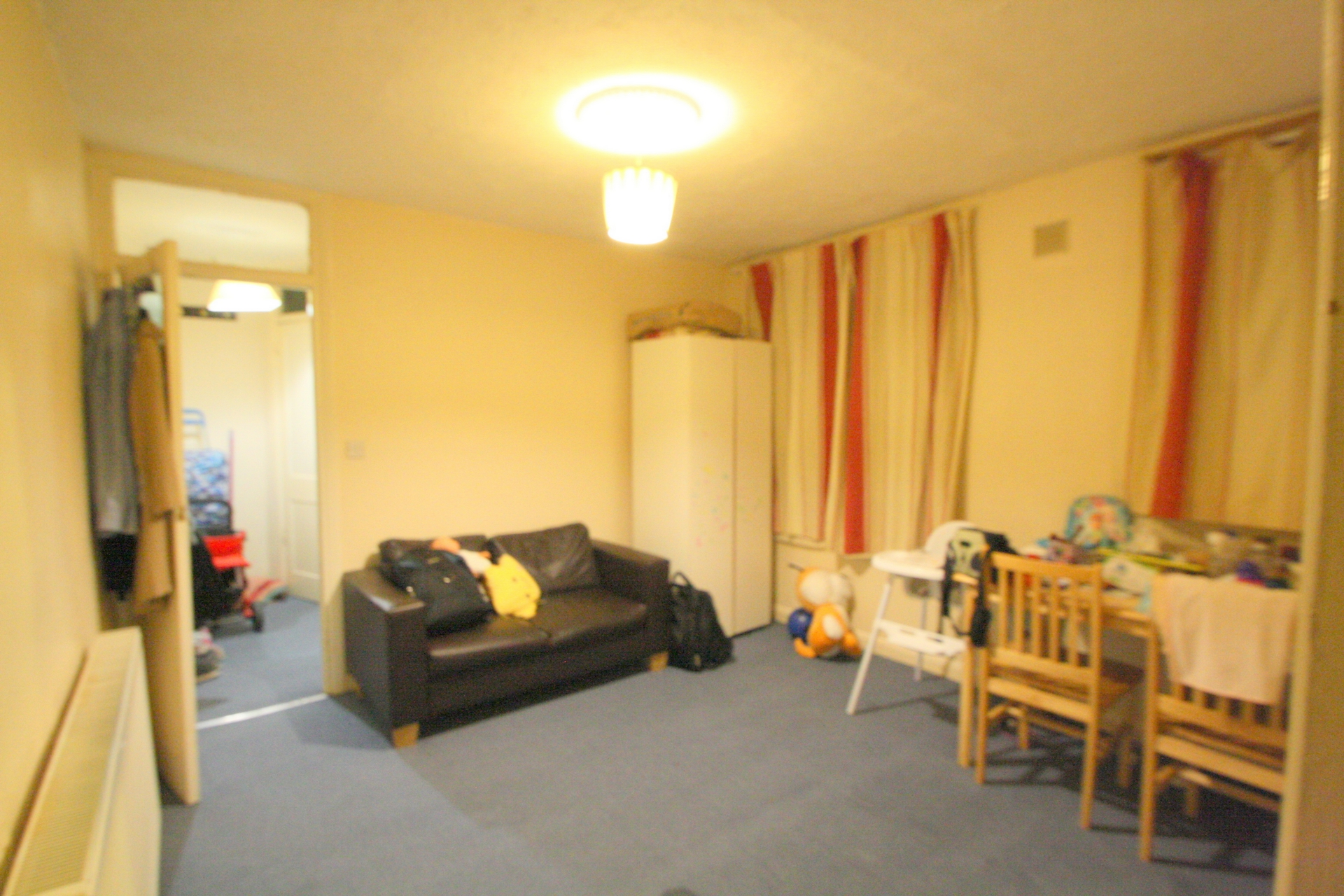 Property To Rent In London L2L176-3903
