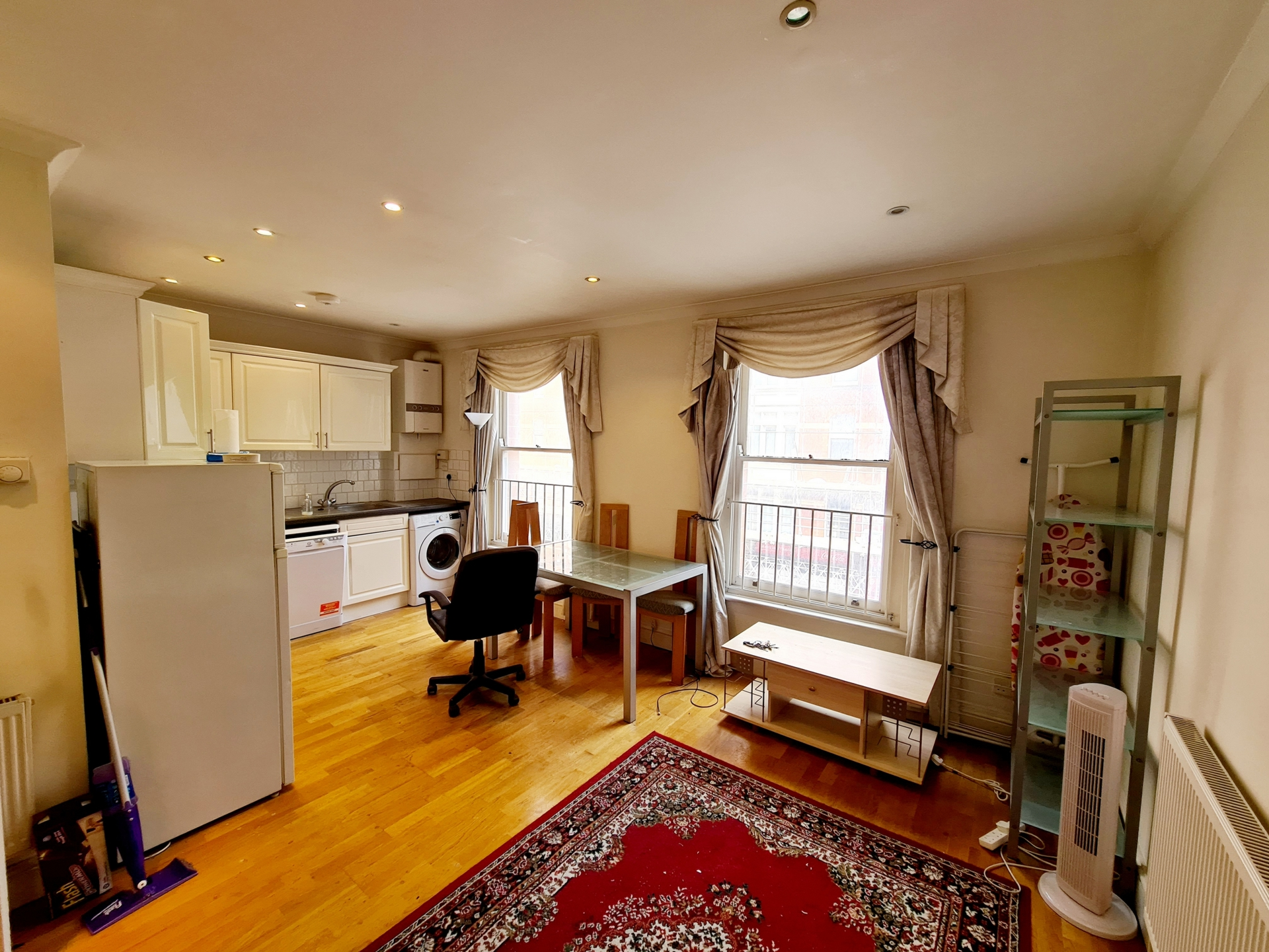 Property To Rent In London L2L176-3760