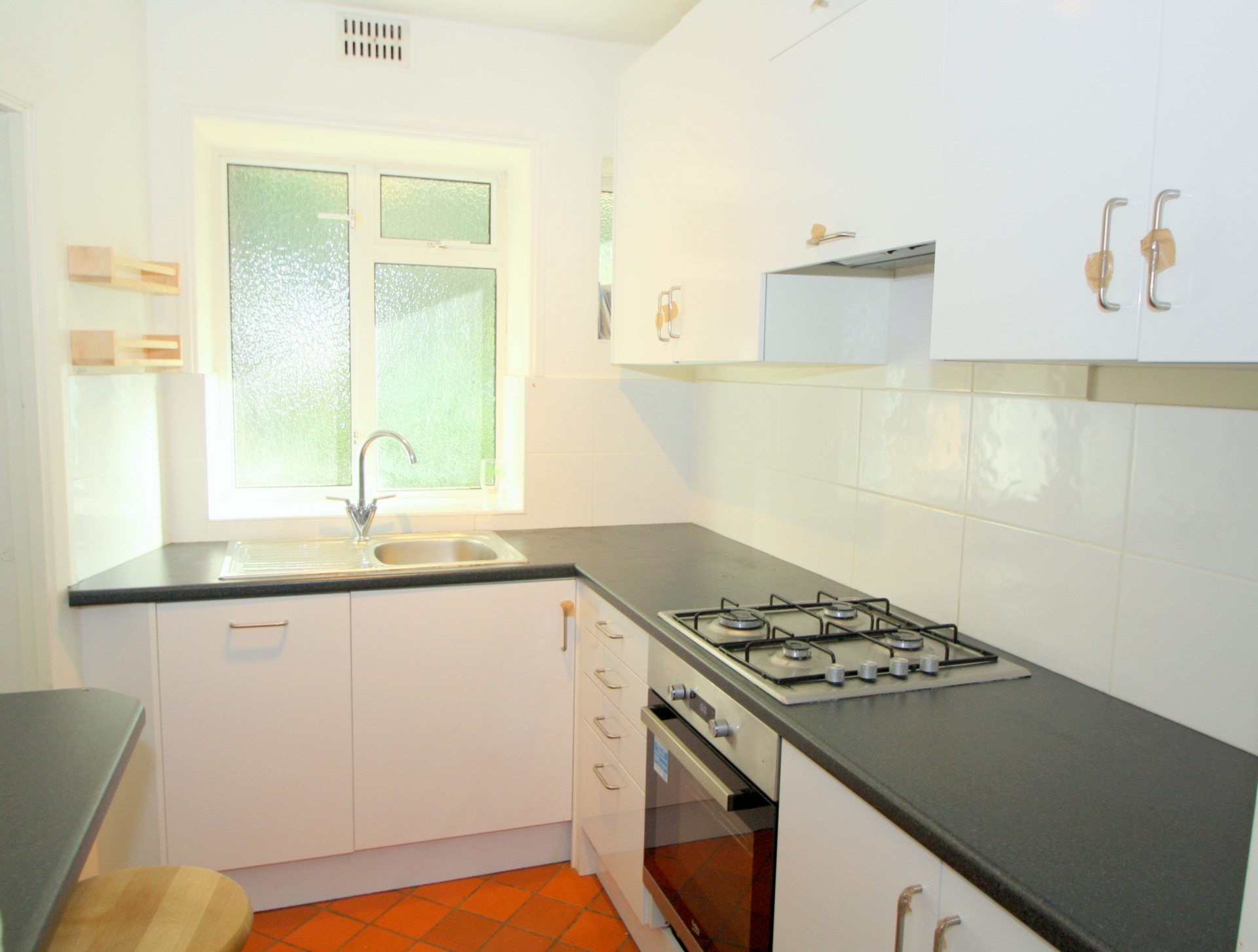 Flats And Apartments To Rent In London L2L176-3770