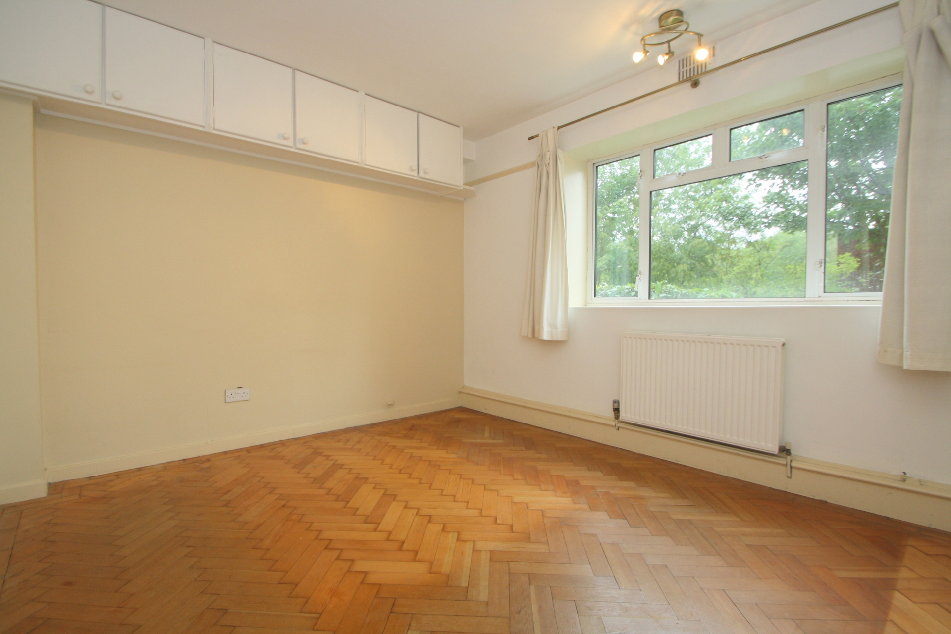 Rent In Crouch End L2L176-3770