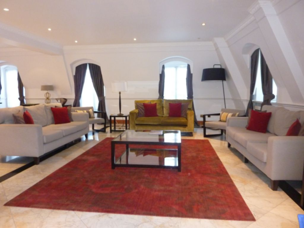 Flats And Apartments To Rent In London L2L177-180
