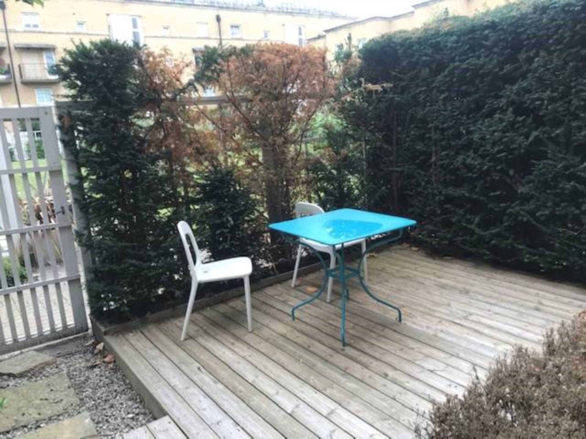 Rent In Rotherhithe L2L1778-365