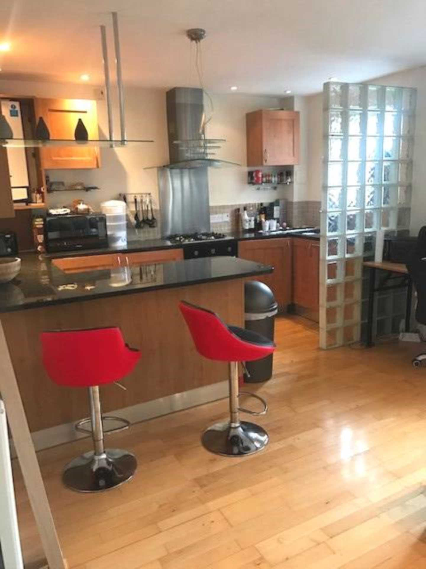 Property To Rent In London L2L1778-369