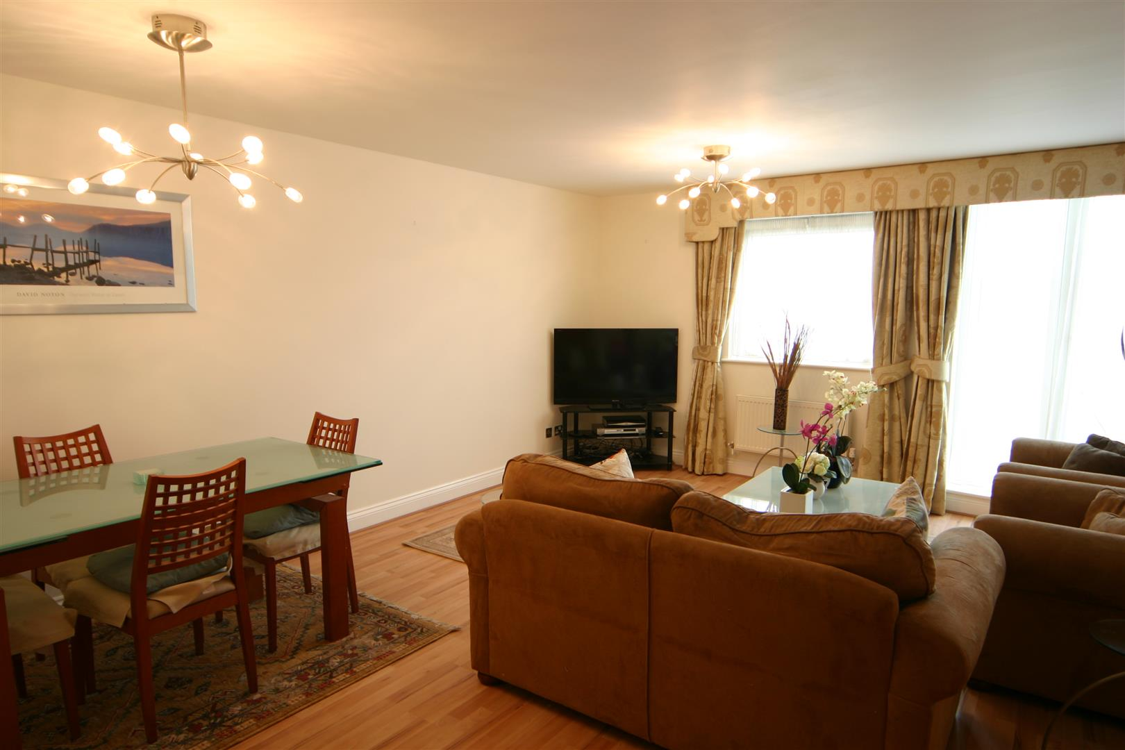 Flats And Apartments To Rent In South Hampstead L2L180-579