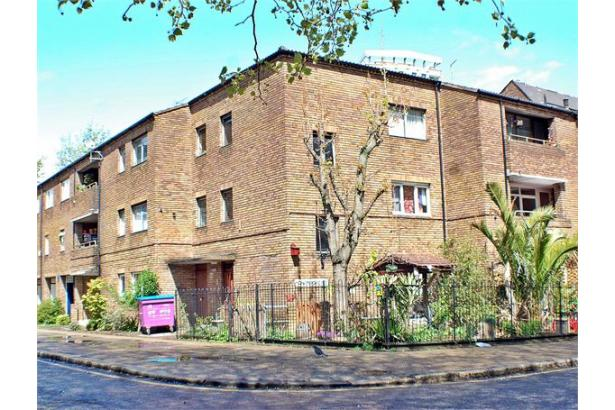 Property To Rent In London L2L184-1711