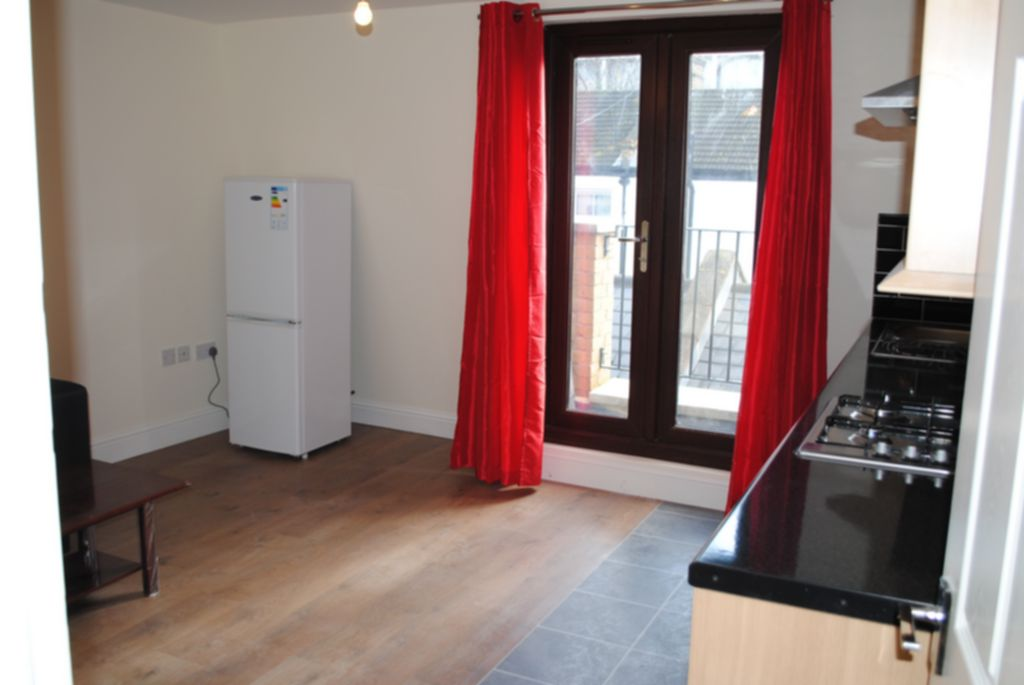 Flats And Apartments To Rent In Bethnal Green L2L184-1699